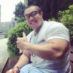ジャスティス岩倉!フライパン曲げの凄い筋肉とプロフィール!【内村のツボる動画】